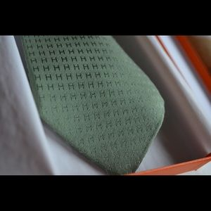 7187889393d9 Hermes Accessories - Authentic Hermes Faconnee H Tie - Green
